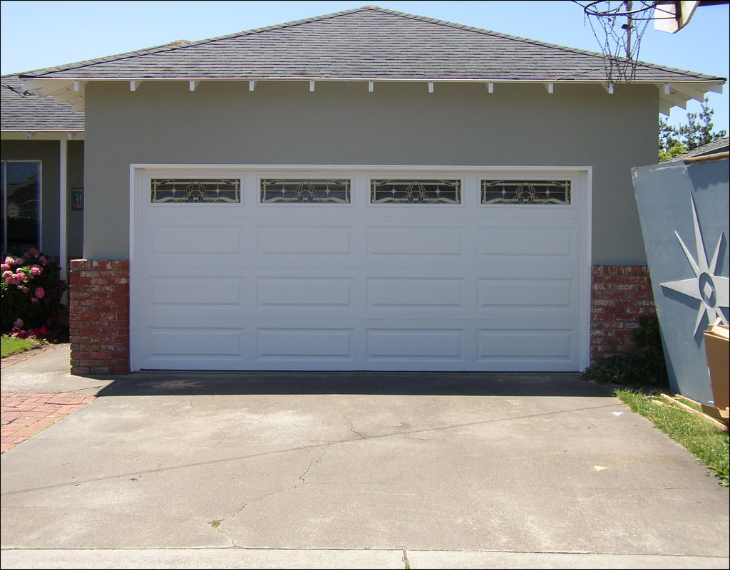 The Characteristics Of Garage Doors Prices And