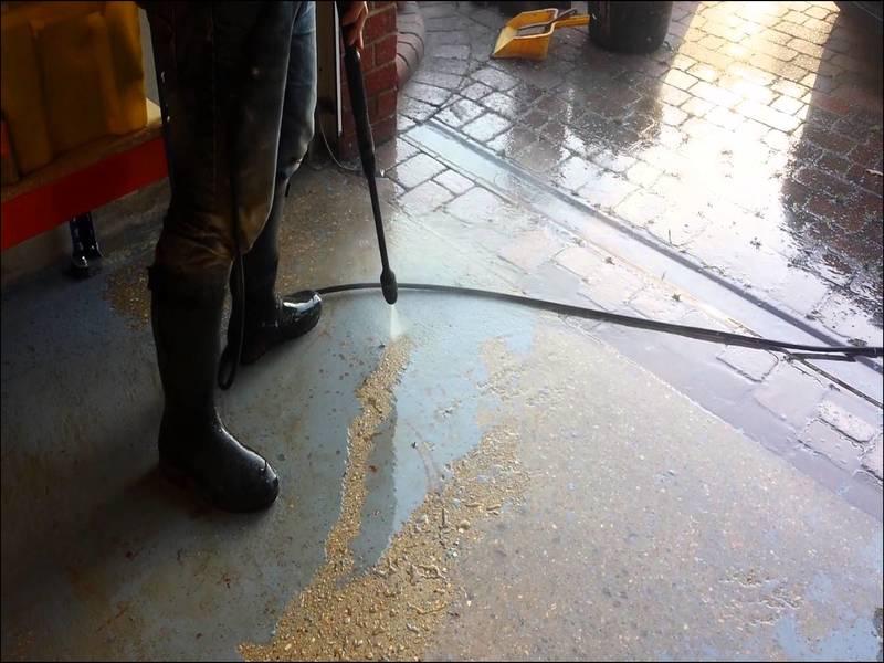 best-way-to-clean-garage-floor Best Way To Clean Garage Floor