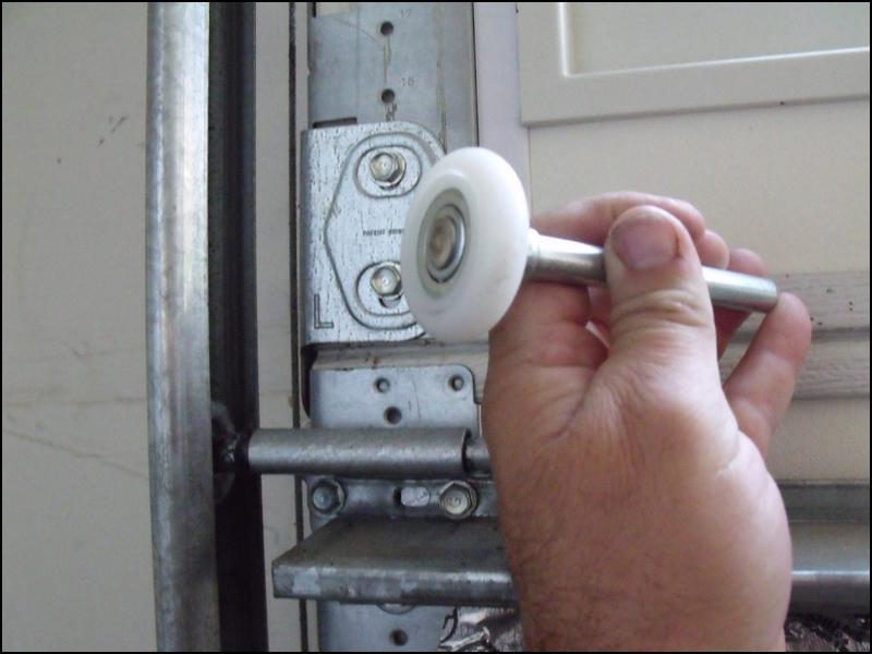 replacing-garage-door-rollers Replacing Garage Door Rollers