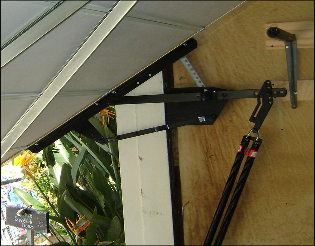 one-piece-garage-door-hardware One Piece Garage Door Hardware