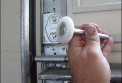 Replacing Garage Door Rollers